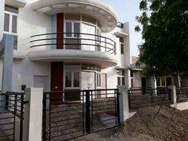 4BHK Independent House in Ansal Sushant Lok
