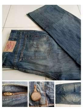 Celana jeans Lee Cooper size 38