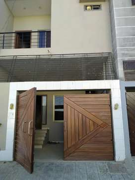 120 yards bungalow available for rent