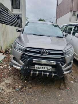 Toyota INNOVA CRYSTA, 2017, Petrol