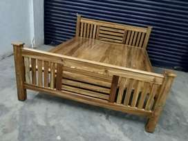 New Teak Queen cot  home  delivery 8O784)call(565O4