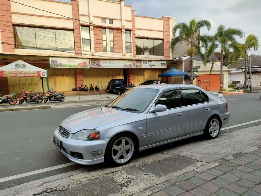 Di jual Honda Civic Ferio Facelift Manual M/T tahun 2000