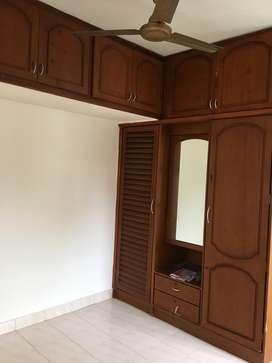 2 Bedroom Semi Furnished Flat at Kaloor for Rent
