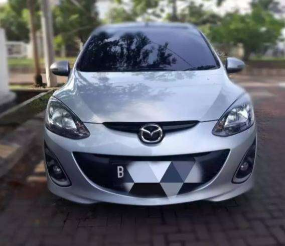 Mazda 2 HB R matik cicilan ringan 2011 0