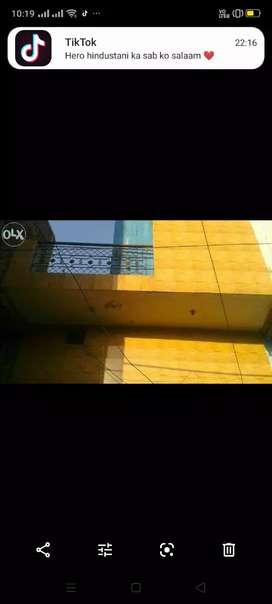 Sell my house 25 gaj am manjil lenter ka bna hua mukundpur Delhi