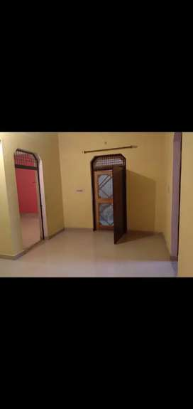 2bhk separate portion available for rent in chandanvan