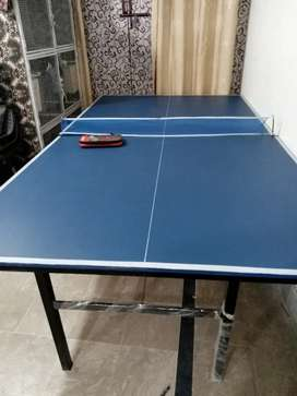 Table tennis with complete set