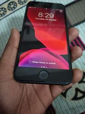 Iphone 8 4/64 GB