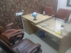 500 sqft luxury fully furnished office space available for rent