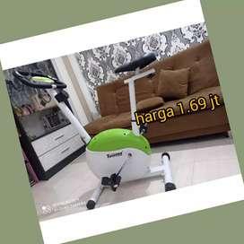 sepeda statis magnetik bike XT-02  alat fitnes