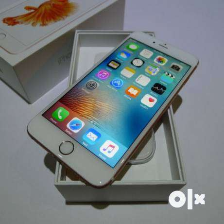 Buy I phone models with amazing festive deals and offer 0