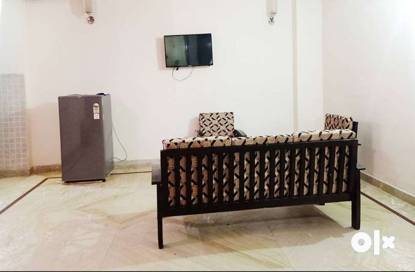 3 BHK Sharing Rooms for Men or Women at ₹5000 in Chhatarpur, Delhi 0