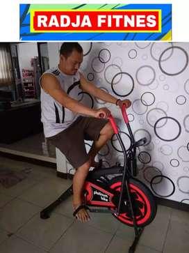 alat olahraga sepeda statis fitnes