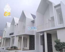 Villa Kota Batu Murah Strategis 2 Lantai Kolam Renang Pribadi