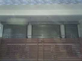 Commercial Space 2200 Sq ft in Gomti Nagar.