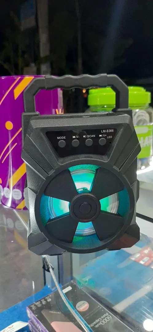 Speaker bluetooth bonus mic 0