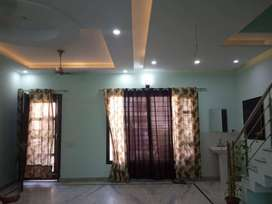 Available 100 sq yd, 3Bedroom, 3Bathroom, Duplex House  in Sector -78