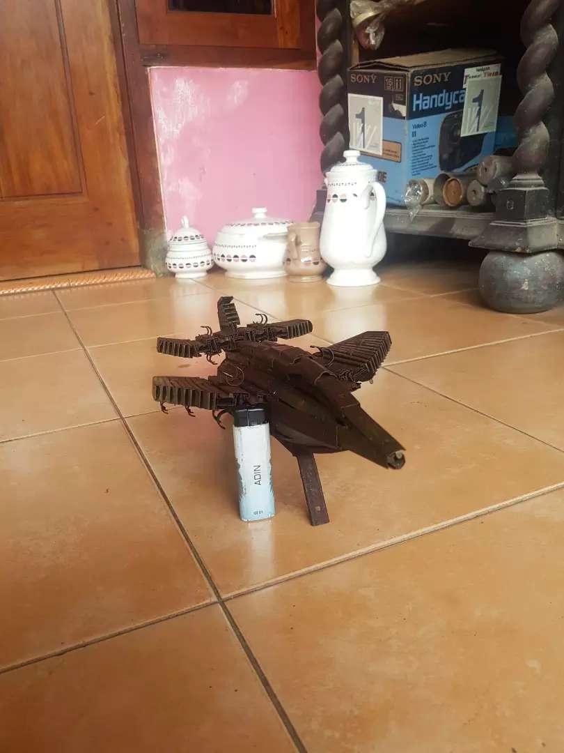 Pesawat tempur antik karya tentara tajimalela material peluru 0