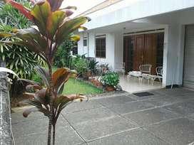 Dijual rumah di jl Pinang, Pondok Labu, Cilandak Jakrta Selatan