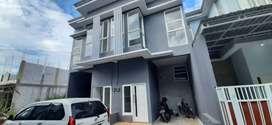 Sewa/Kontrak Rumah Baru Mezzanine 2,5 lantai Mojokerto Kota
