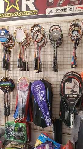 Wadahnya Raket Badminton