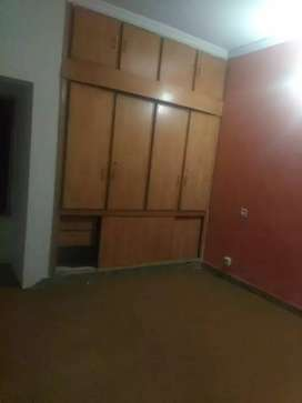 Ground floor flat for bachelors. 2bed 2bath.
