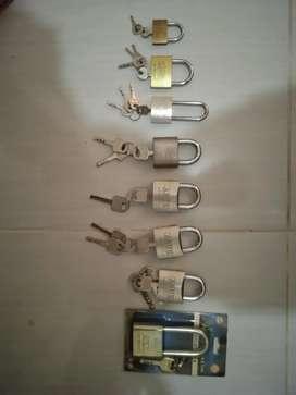 Aneka Gembok dan Kunci