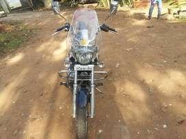 BAJAJ AVENGER 220 CRIUSE (ABS)