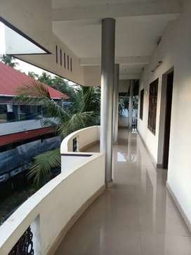 Spacious apartment for rent at Nettoor