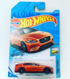 Hotwheels jaguar