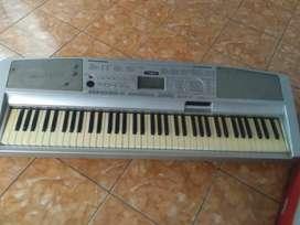 Jual Keyboard Yamaha DGX-300
