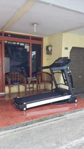 Treadmill listrik ab turino