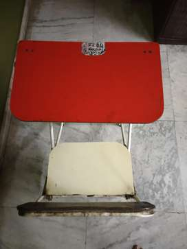 Kids study table cum chair
