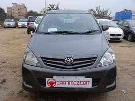 Toyota Innova 2.5 G 8 STR BS-IV, 2010, Diesel