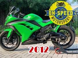 CASH CREDIT jual motor moge kawasaki ninja 250 fi 2012 hijau low km