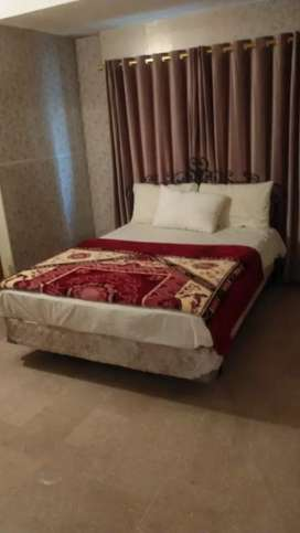 3 bed luxury apartment, car parking, wifi,margalla view