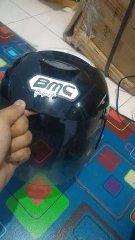 Helm bmc putih murah