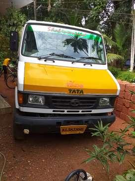 407 tara tipper 150 foot.  7.new tyre 2 side 0pen body
