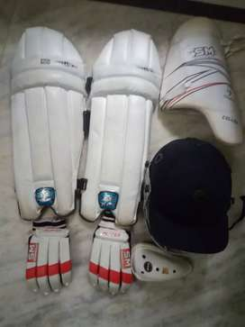 Excellent condition cricket kit-bat available for cricketers..