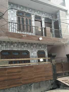 2 room set for rent rs 7000