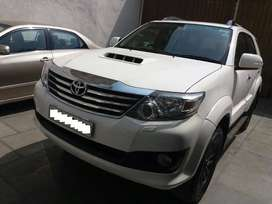 Toyota Fortuner 2.8 4X2 AT, 2014, Diesel