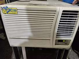 Old air-condition all companies available with warrenty  new condition