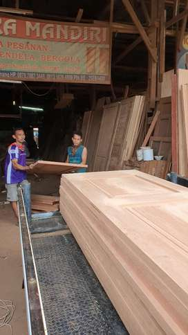 kusen pintu kayu bukan alumunium,jati merbau Kamper dan meranti