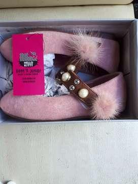 Sepatu Anak cewe warna pink
