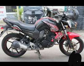 Yamaha Fzs    Showroom condition    10000kms    New tyre and battery