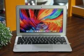 Laptop Macbook Air 11 inch Mid 2013 Core i5 4GB DDR3 256GB SSD