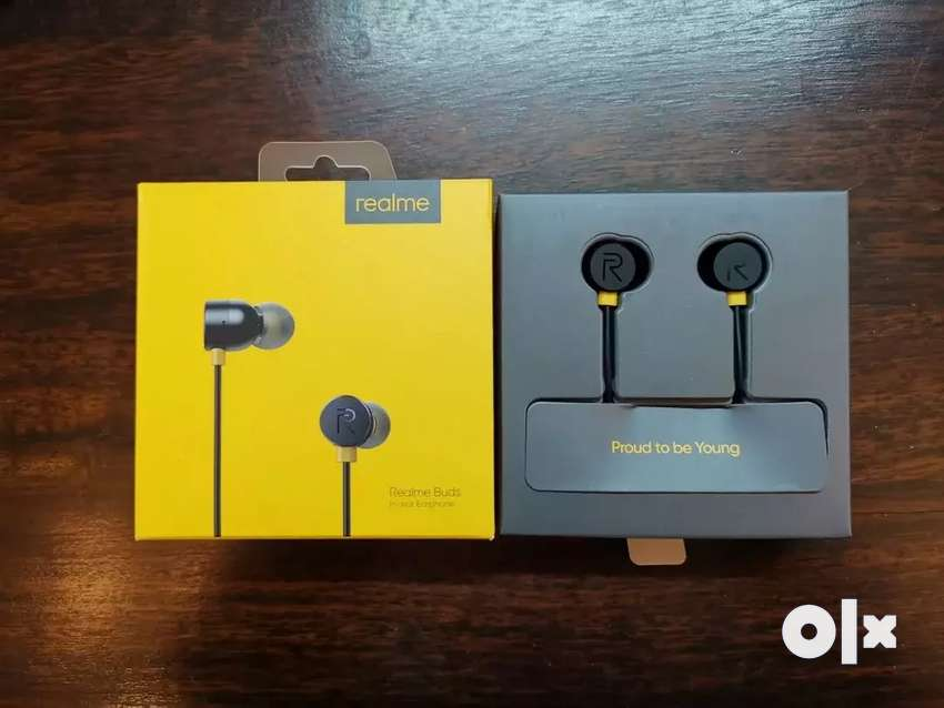 Hot winter sale..Brand new realme bass boosted earphones 0