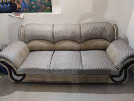 Sofa 5 seater with center table