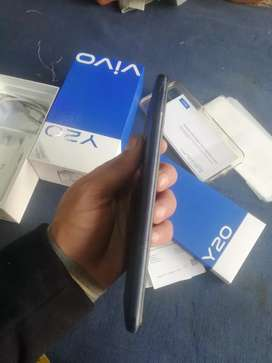 Vivo y 20 mobail with dba charger 6 mah wranti