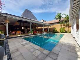 Villa style joglo 3 kamar area sanur ( beachside )